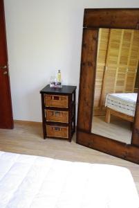 IMGP7251x bedroom3