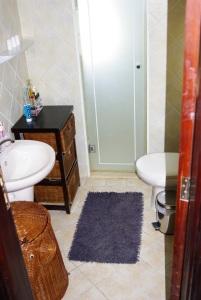 IMGP7258x bathroom